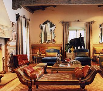 interiors-bev-hills-living-room-01-thumb