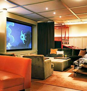 interiors-malibu-equestrian-bowling-alley-02-thumb