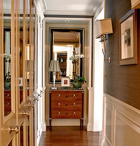 interiors-nyc-hallway-thumb