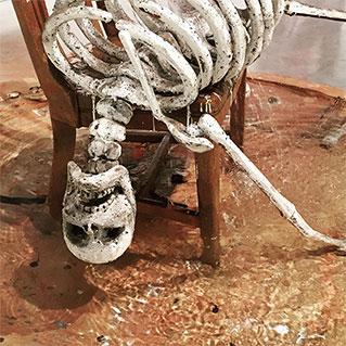 fountain-urs-fischer